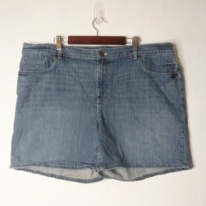 LOFT Medium Wash Sz 18 / 34 Jean Shorts